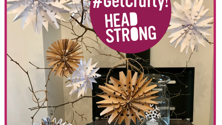 #GetCrafty! Make your own Christmas snowflake decorations (virtually for free)!